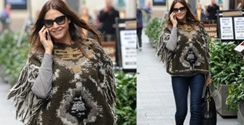 4 Super Cool Ways to Style a Fringed Scarf Like Lisa Snowdon