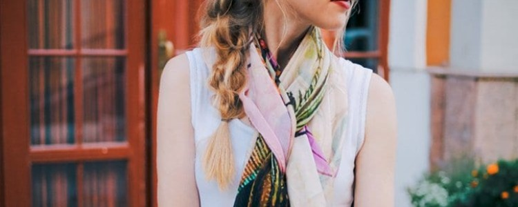 Meet the Top 10 Scarf Bloggers of August 2015