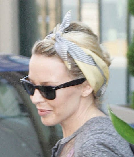 http://www.scarveswraps.com/wp-content/uploads/2010/07/a-kylie-headscarf-big-.preview.jpg
