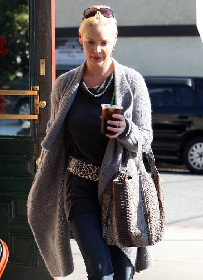 Katherine Heigl wearing an oversized wrap cardigan while out for lunch with hubby