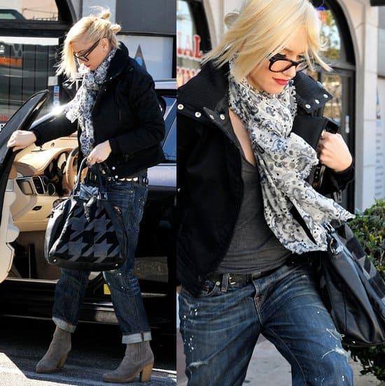 Gwen Stefani is seen leaving a nail salon in Burbank