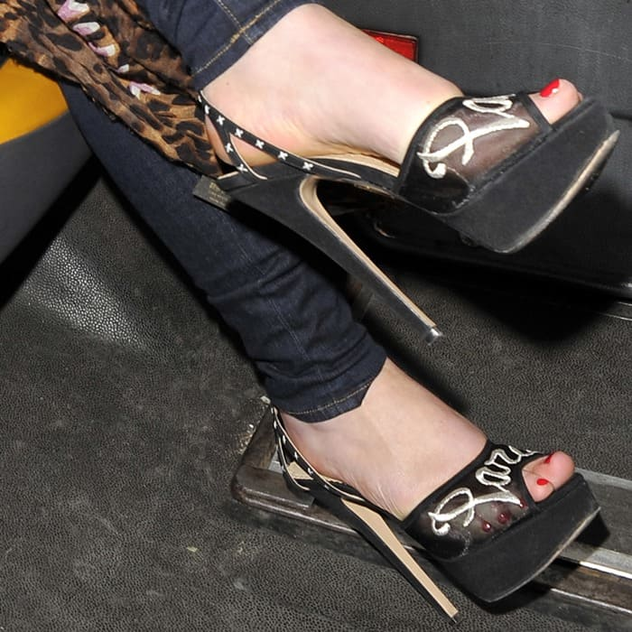 Helen Flanagan showing off her feet in a sexy pair of heels