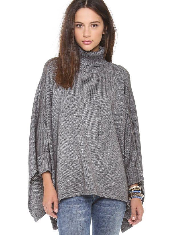 Ami Dans La Rue - Solid Poncho Sweater