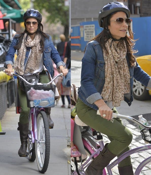 Bethenny Frankel picked up her daughter Brynn from school then rode back home together on her pink bicycle