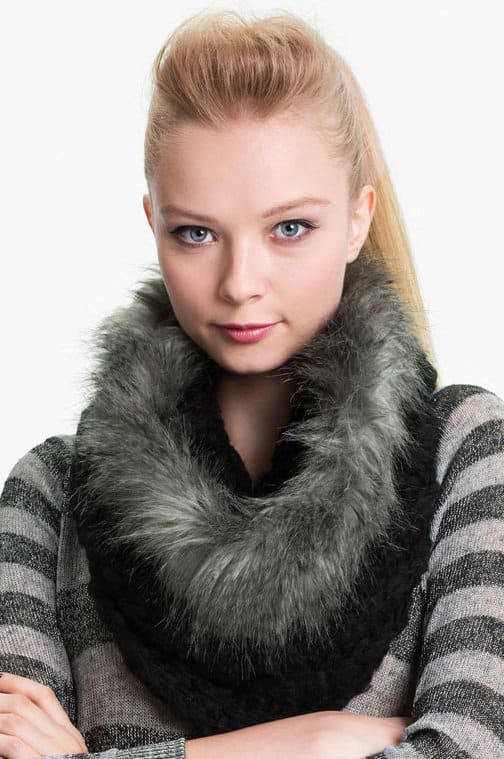 collection-xiix-chunky-tuck-faux-fur-cowl