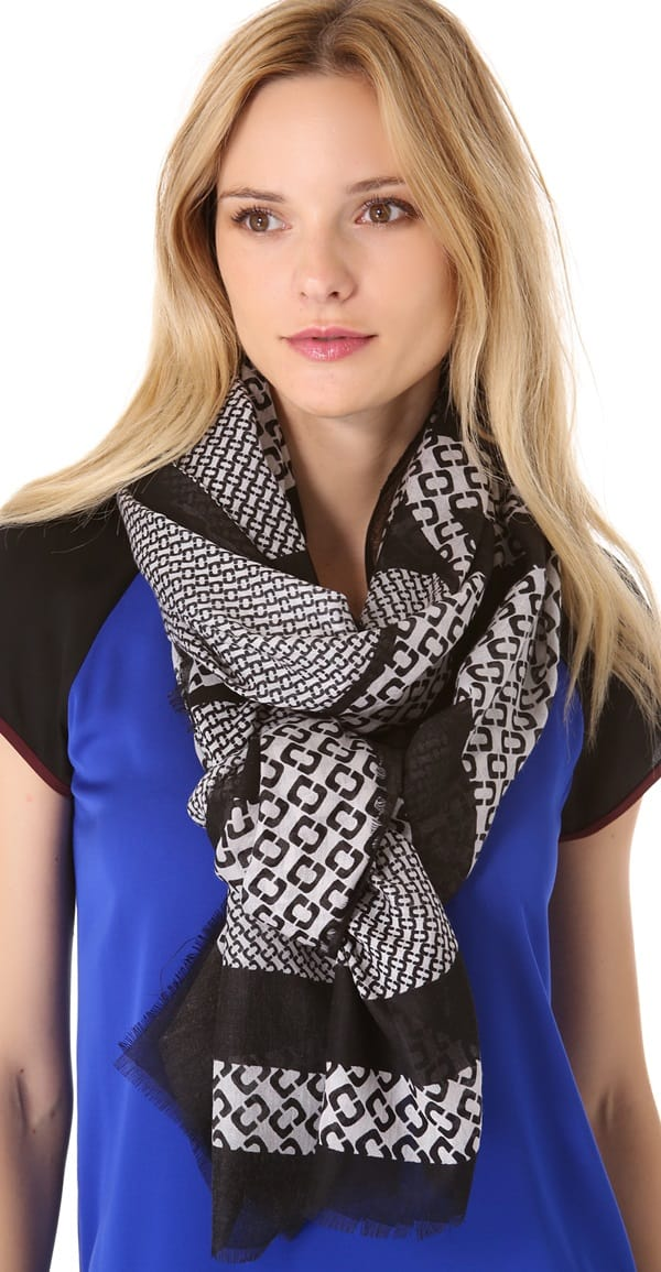 diane von furstenberg hanover scarf in black and white