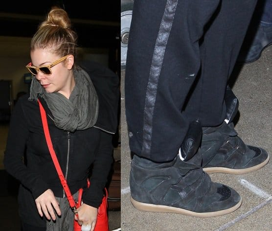 LeAnn Rimes looked a little worn out as she arrived at LAX airport on September 22, 2013