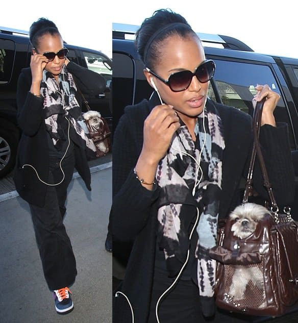 Kerry Washington At LAX
