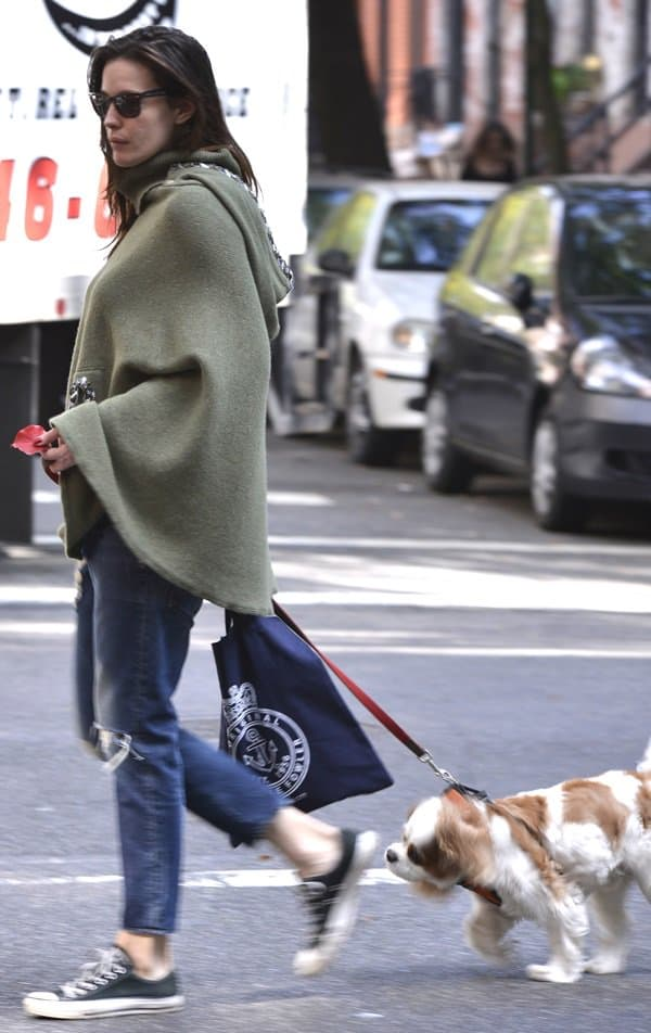 Liv Tyler walks her dog early in the morning in Manhattan on October 17, 2013