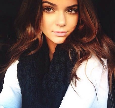 kendall jenner chunky scarf october 2013 2