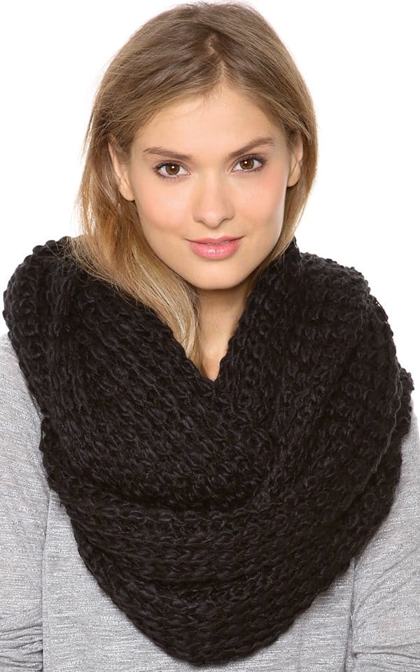 paula bianco chunky knit wrap scarf black