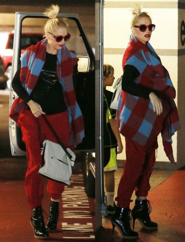 Gwen Stefani plaid wrap