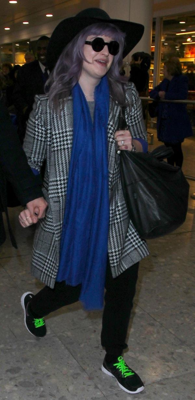 Kelly Osbourne in blue scarf