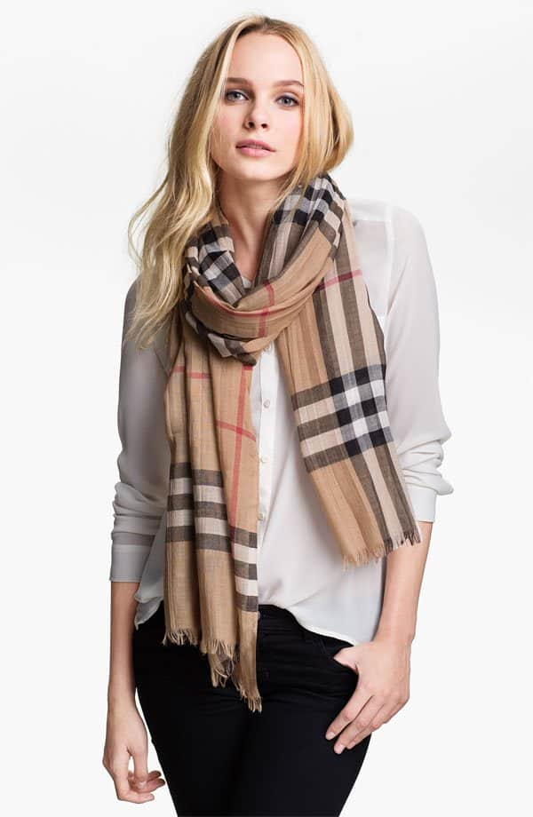 burberry giant check print scarf in virgin wool silk