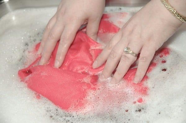 hand washing silk