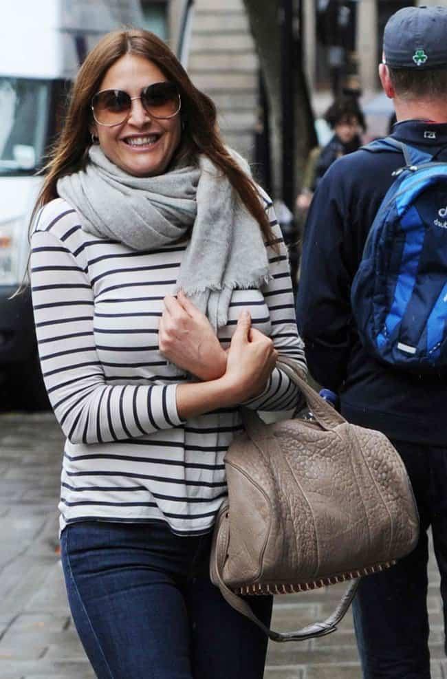 lisa snowdon scarf style london summer