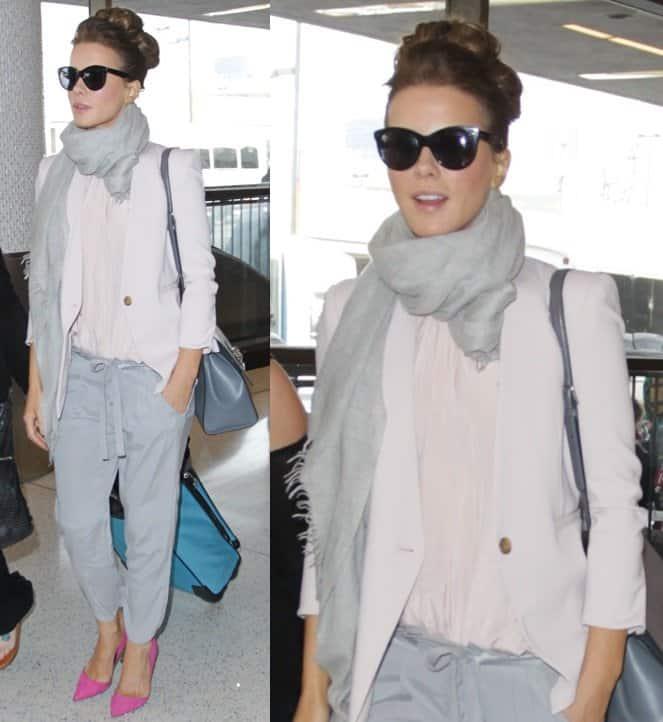 kate beckinsale gray scarf kurt geiger pumps pink lax 3-horz
