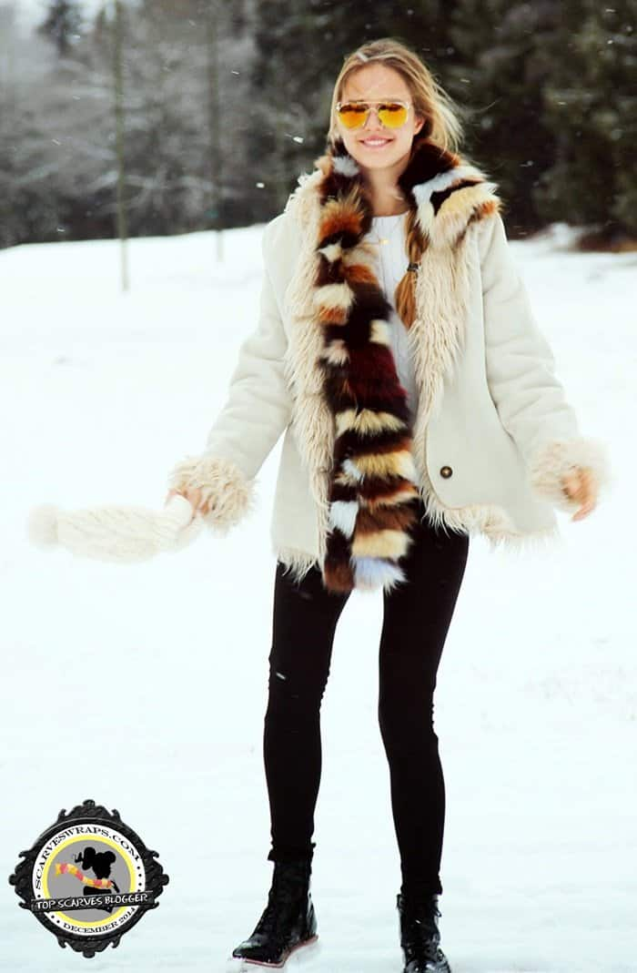Mina rocks a multi-tonal fur stole