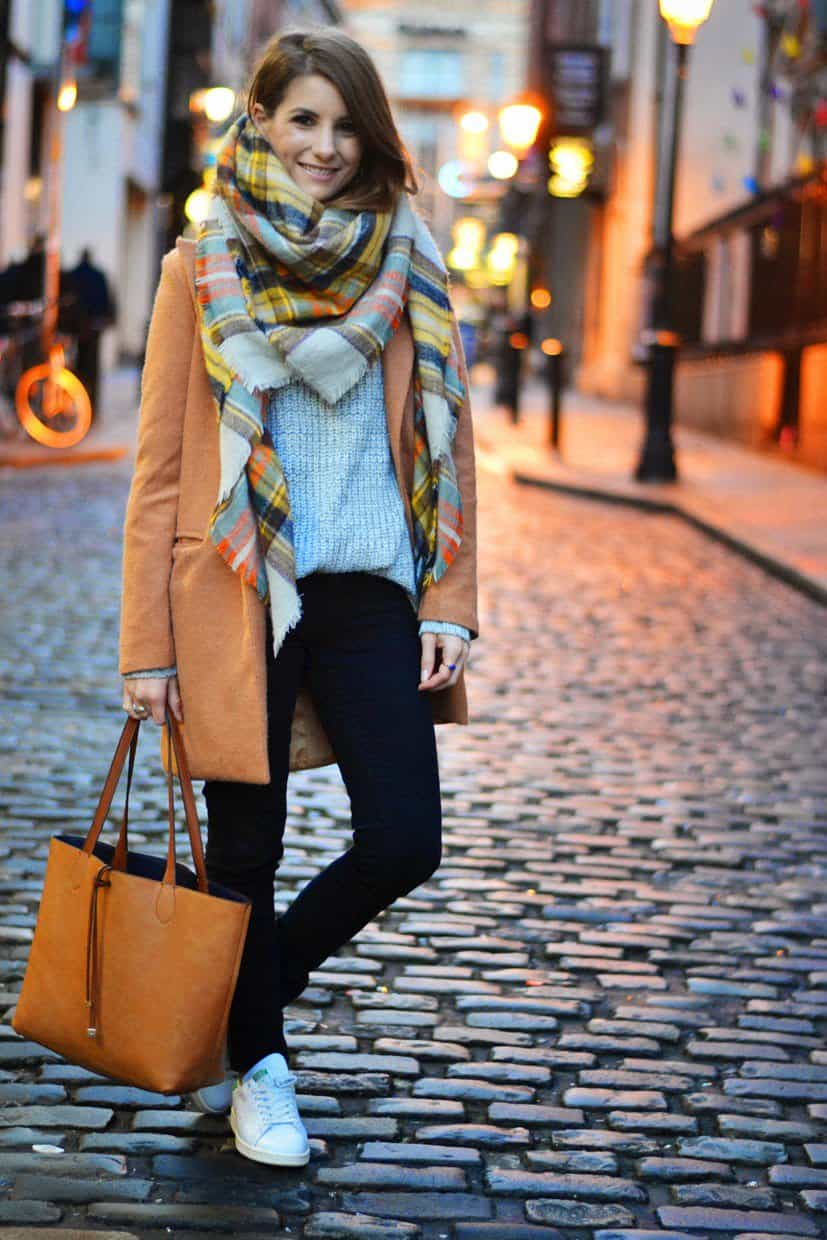 scarf bag style lara siles winter blogger style 2014-horz plaid