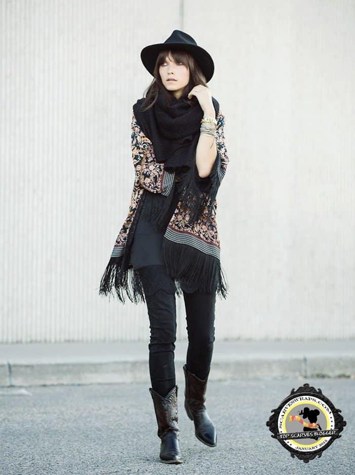 Ania's perfect kimono-and-infinity-scarf combo