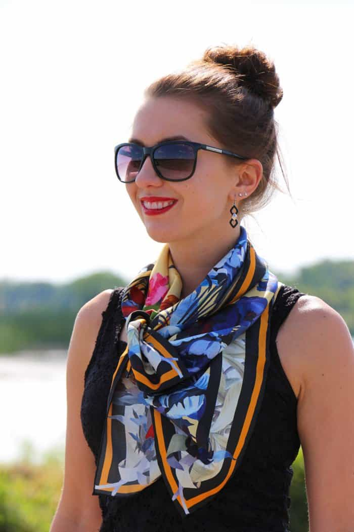 Lindsey is a fashion blogger from Wisconsin who has lived on 5 continents